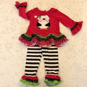 Adorable holiday outfit!